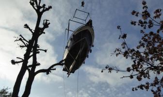 Schiff Ahoi durch die Lüfte – Auskranen 2016