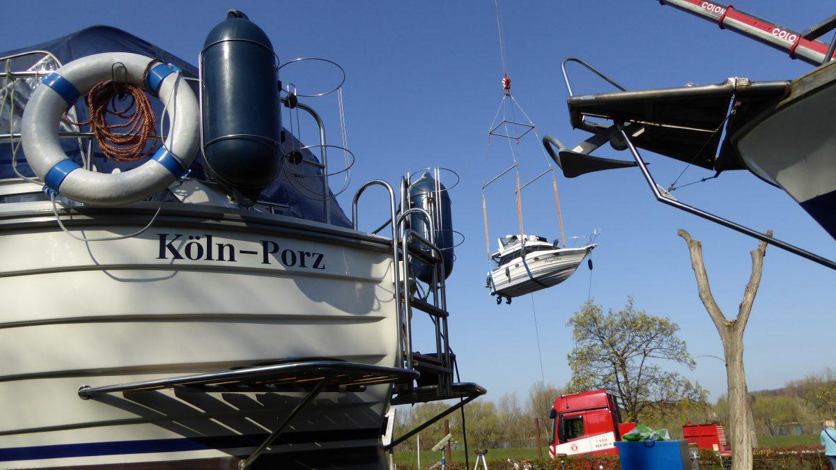Boote wieder im Wasser – Einkranen und Anrudern beim CfWP
