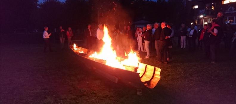 """Boot in Flammen"" beim Herbstfest"